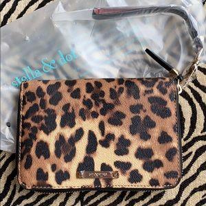 Stella & Dot Chelsea Tech Case Leopard print NWT